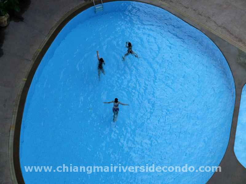 chiangmai-condo-our-pool-2.jpg